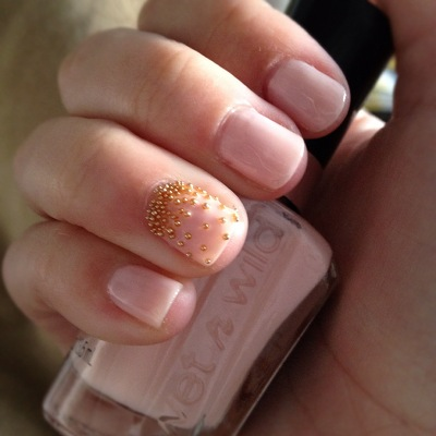 Blending beautiful hot or not nail art micro beads ive been loving the ombre effect that people have been doing with nail glitter lately where it is super condensed at the top of the nail and then slowly prinsesfo Images